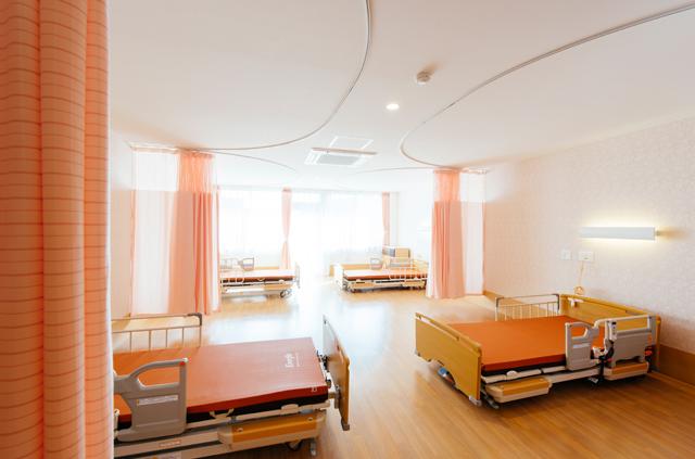 居室(4人床)
